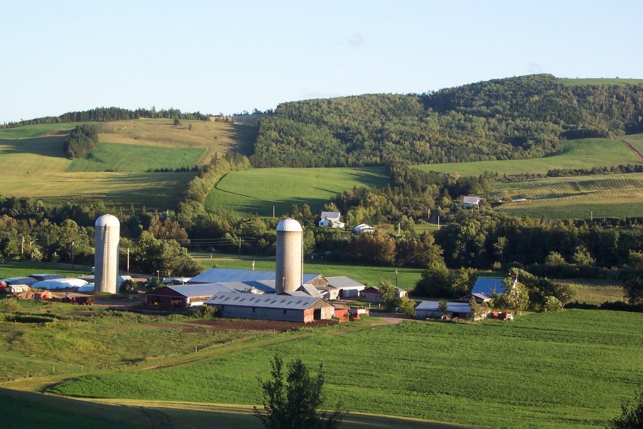 sussex-farm-1216611-1279x852